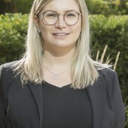 Thayla  Zomer